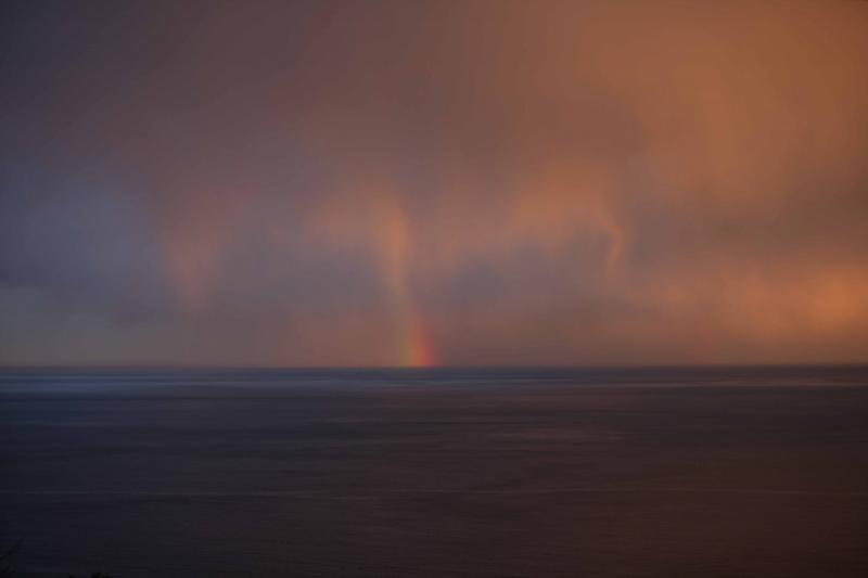 みかん畑から見た2011年、幻想的な相模湾夕景